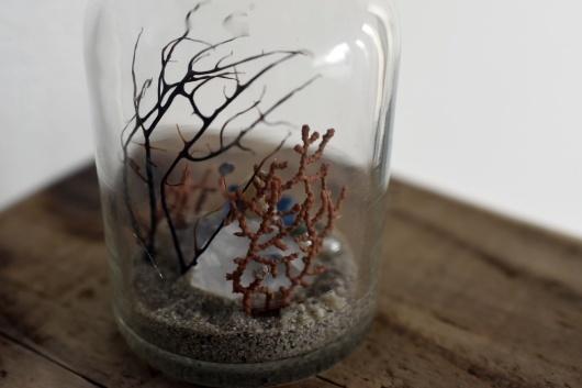 VVオンラインストアにて販売予定の鉱物ジオラマ瓶(試薬瓶)5点_f0280238_22504510.jpg