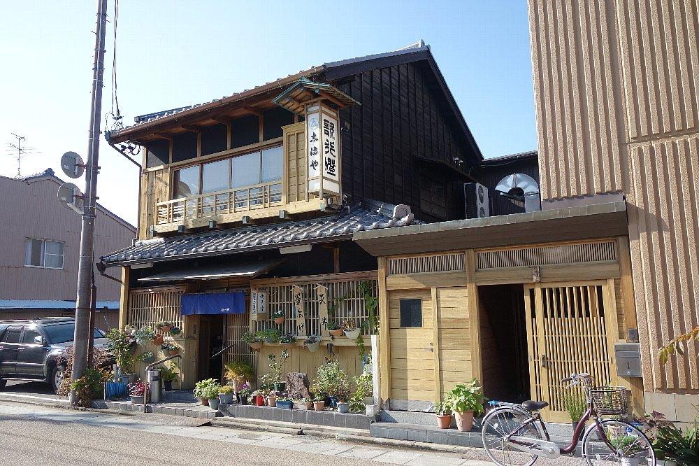 桑名の料亭とレストラン_c0112559_9224574.jpg