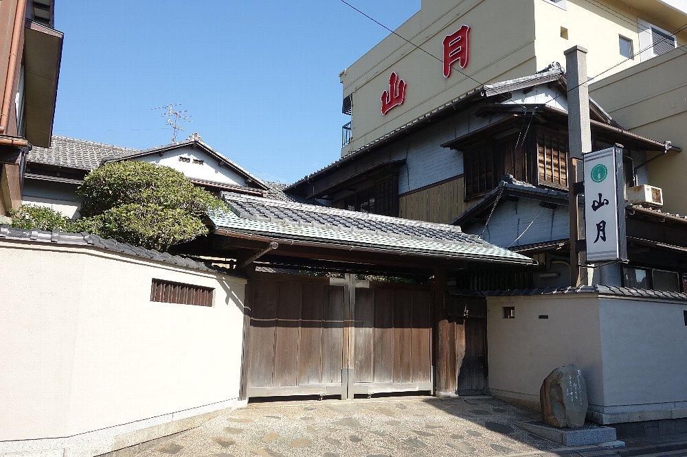 桑名の料亭とレストラン_c0112559_9312474.jpg