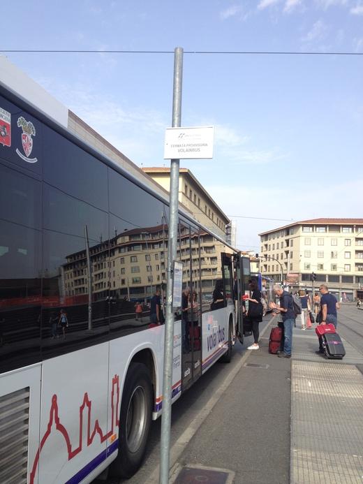 中央駅からの空港行きバスのりば_a0136671_0165319.jpg