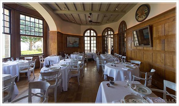 Le Château Richeux : mai 2015 シャトーリシュー その1 お宿篇_d0184921_15392725.jpg