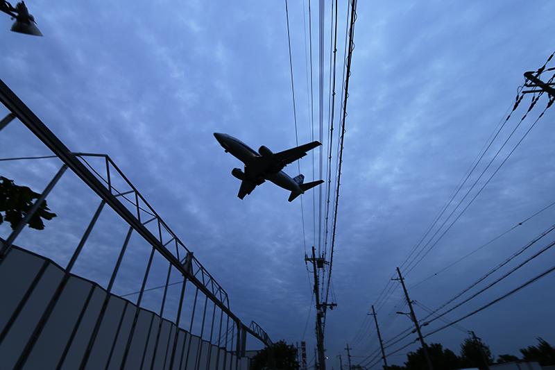 伊丹空港へ_a0003650_21322897.jpg