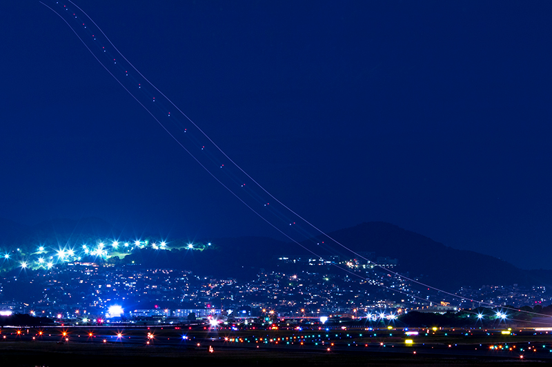 伊丹空港へ_a0003650_21325244.jpg