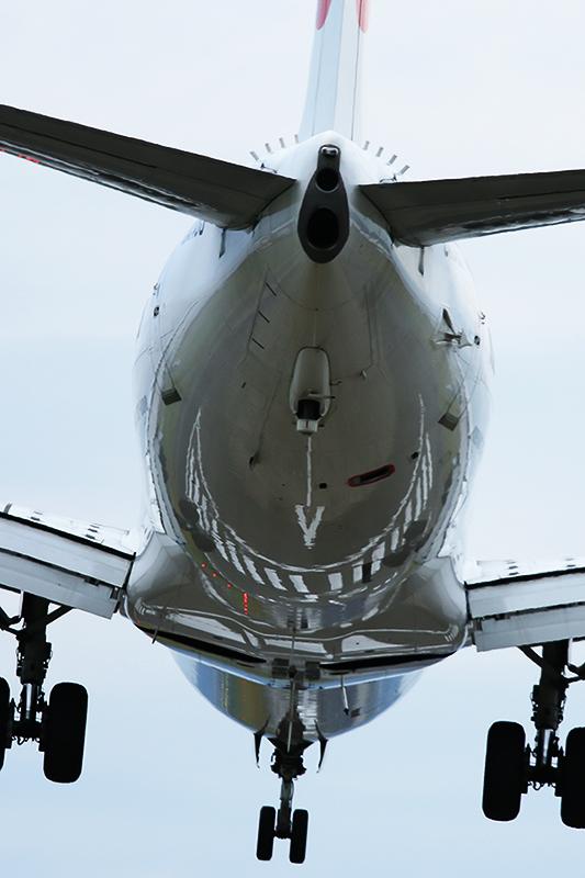 伊丹空港へ_a0003650_21404722.jpg