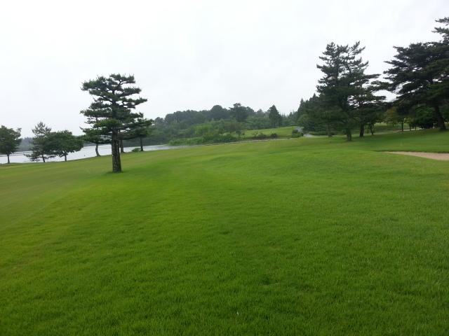 名門 小野ゴルフ倶楽部_c0160277_22235828.jpg