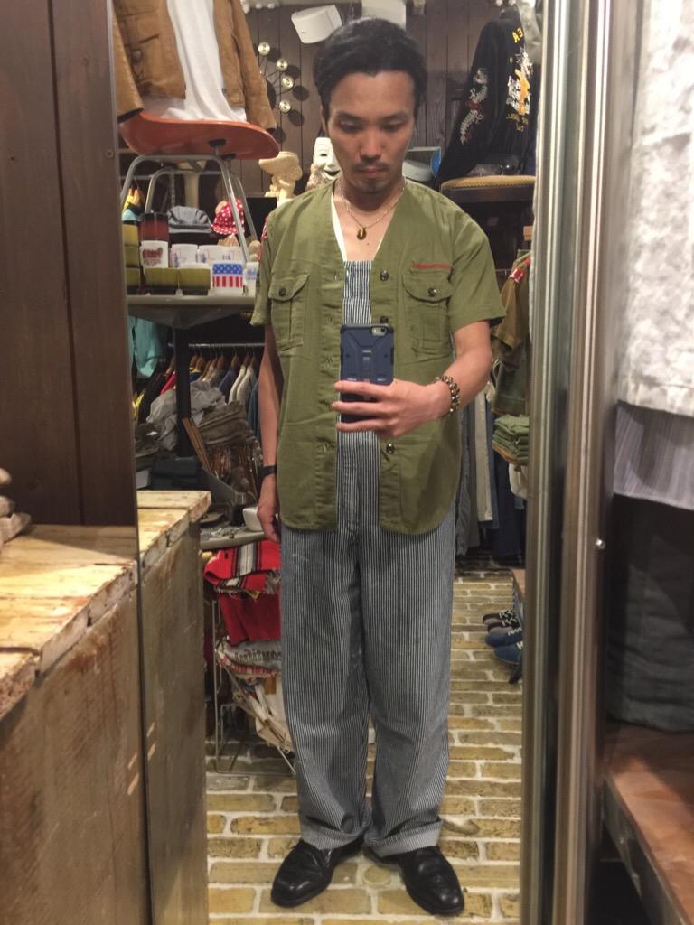 襟なしシャツの魅力!+本日のお知らせです。(T.W.神戸店)_c0078587_1473172.jpg