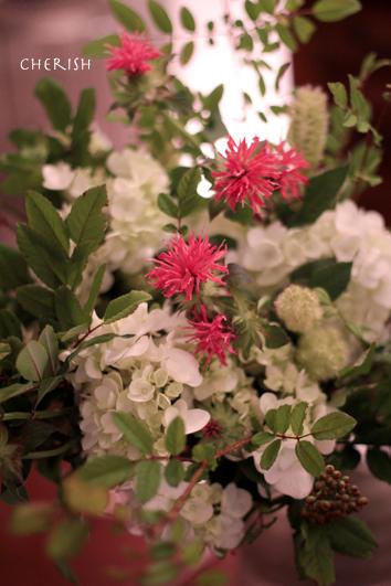 モナルダのよい香りに包まれるシャンペトルブーケ_b0208604_08544294.jpg