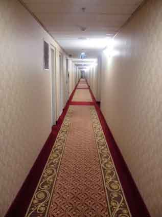 ブダペスト滞在記 #2 /  マリオット エグゼクティブ アパートメンツへ移動_b0003330_1033282.jpg