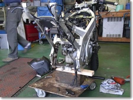 RGV250γ(VJ21A-J型)修理・整備記録_c0147448_22401674.jpg