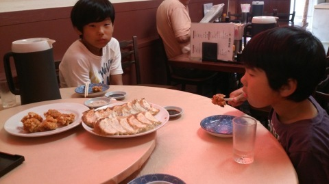 久しぶりに?息子たちと神戸に行ってきました~♪(^o^)/_d0191262_22221265.jpg