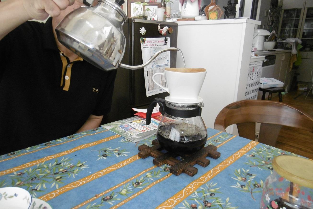 挽きたてコーヒーは美味い。_f0205367_14002037.jpg