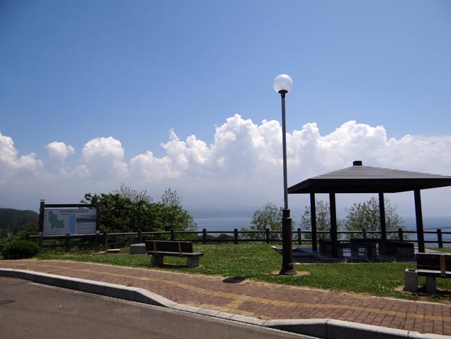 初夏の西海岸ドライブ。海と蕎麦畑の景色など~♪_a0136293_1624636.jpg