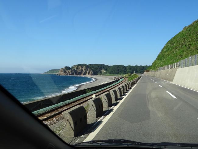 初夏の西海岸ドライブ。海と蕎麦畑の景色など~♪_a0136293_1644828.jpg