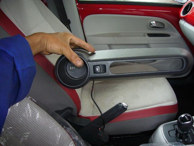 VWアップ・助手席パワーウィンドウ_c0267693_20333056.jpg