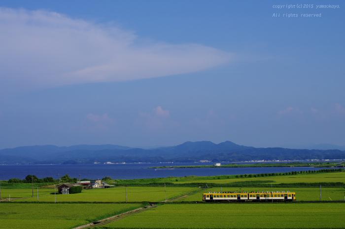 青い宍道湖を望む ~'ばたでん'一畑電車、出雲平野を駆け抜けて_d0309612_0324984.jpg