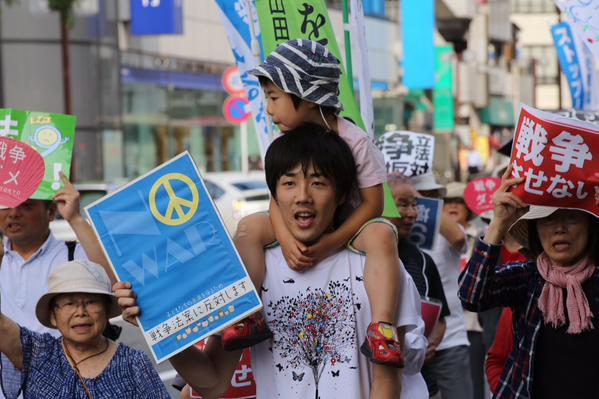 日本列島 連日騒然 安倍政権は戦争法案可決を急ぐ準備に突入_f0212121_18375213.jpg