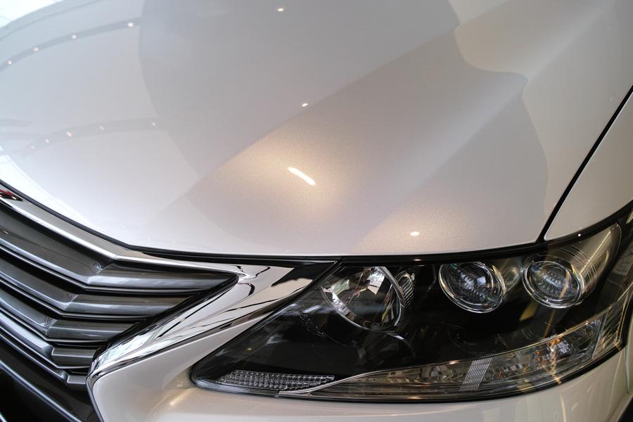 レクサス・HS250h インプレッション④ HSとSAI ~レクサスとトヨタのスタイルの違い~_c0223825_00510775.jpg