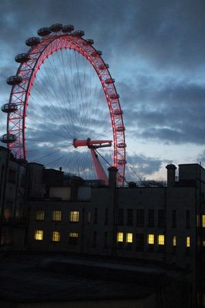 夜10時のロンドン_b0199526_1853655.jpg