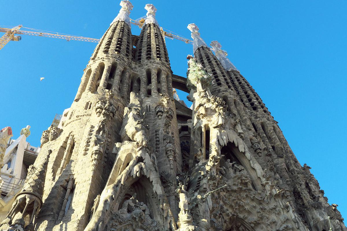 バルセロナの青い空_e0140159_11243653.jpg