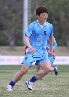 韓国女子サッカー、W杯に男子を送り込む!?:ついに「女に成りすまし」の芸か!?_e0171614_151289.jpg