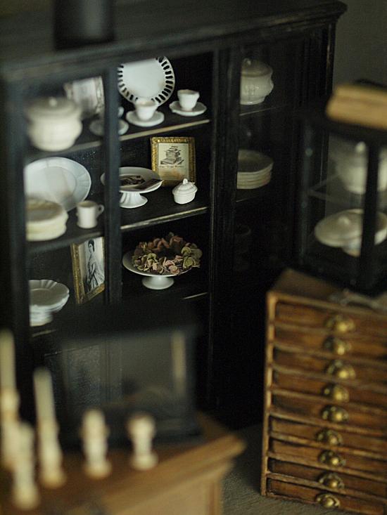miniature* スライド式扉の家具 と、週末のお出かけ。_e0172847_15355001.jpg