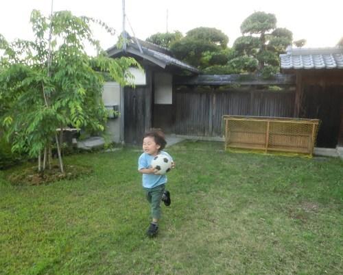 孫のAKITOが帰って来た_e0291149_06075085.jpg