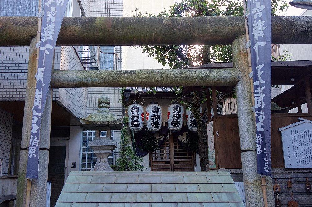 高松市の華下天満宮_c0112559_847173.jpg