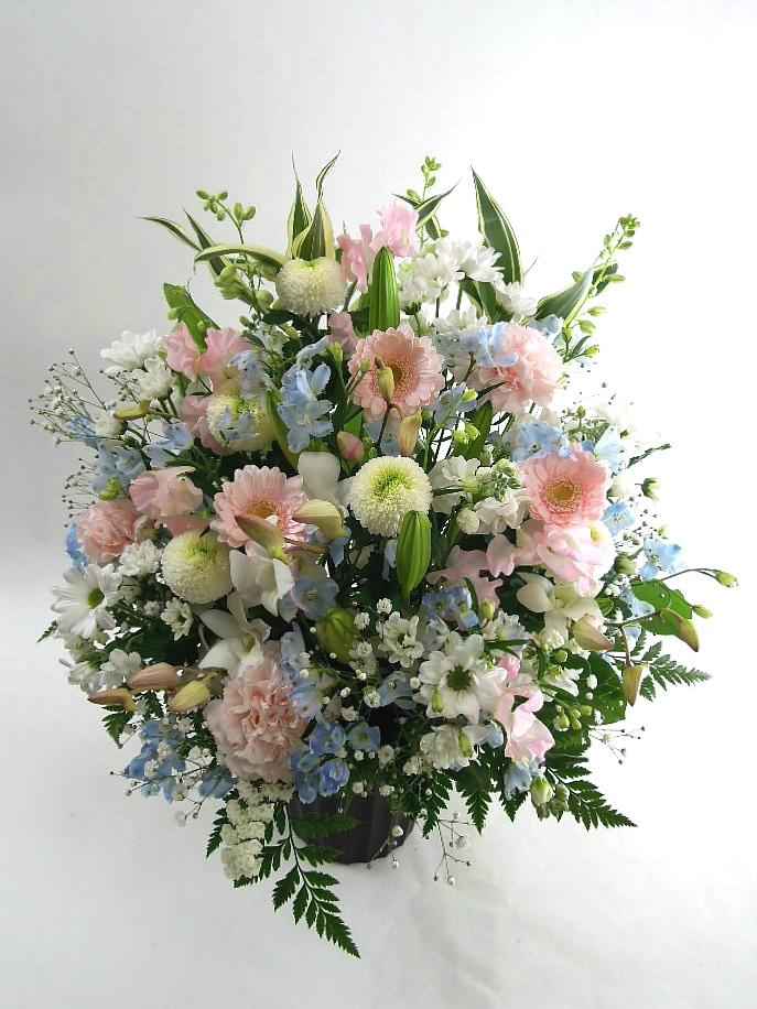 命日に花を送るときの「宛名」は? : お悔やみ花 お供え花を贈るときの ...