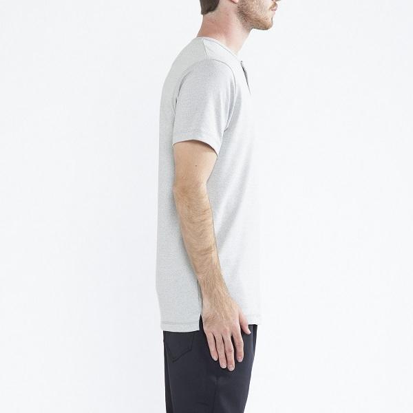 ~シンプルだからこそ凄味を感じるTシャツ~_a0141274_1883761.jpg