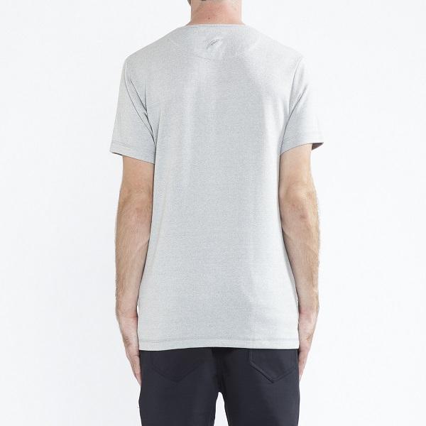 ~シンプルだからこそ凄味を感じるTシャツ~_a0141274_188584.jpg