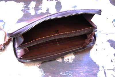 グルっとファスナーのお財布_f0155891_12262519.jpg