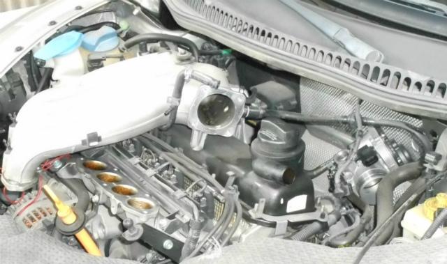 ビートル・エンジン・クリーンアップ_c0267693_17350894.jpg