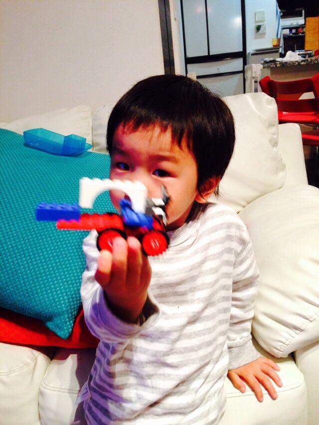 シオン3歳8ヶ月〜端午の節句に母の日に初めての運動会_e0253026_6173034.jpg