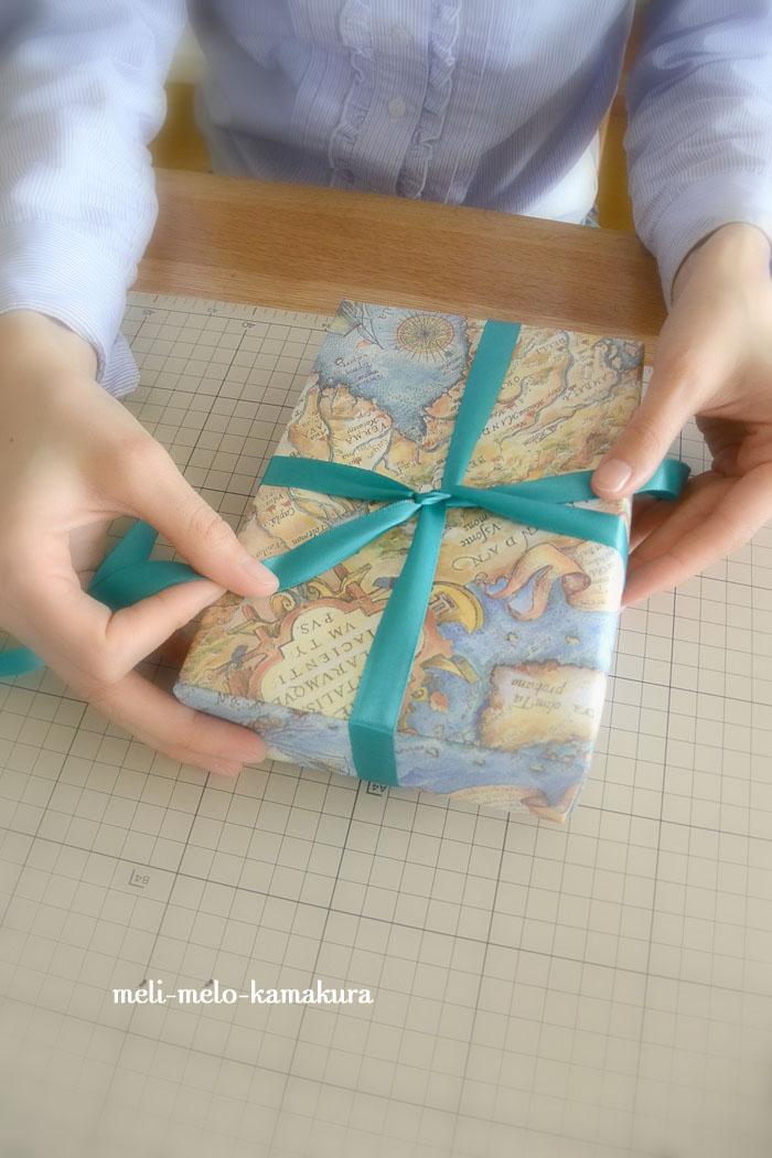 ◆【レッスンレポート】 デパート包みとリボンかけ・ラッピングの基礎レッスン_f0251032_22264131.jpg