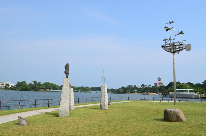 """""""彫刻と湖と花~ときわ公園をプチ散歩""""_d0153941_17593080.jpg"""