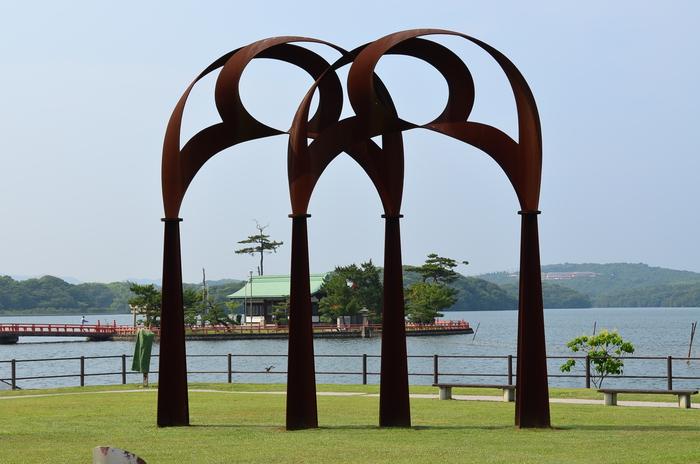 """""""彫刻と湖と花~ときわ公園をプチ散歩""""_d0153941_17594392.jpg"""