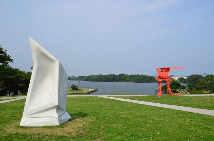 """""""彫刻と湖と花~ときわ公園をプチ散歩""""_d0153941_1759556.jpg"""