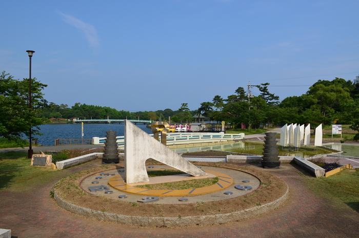 """""""彫刻と湖と花~ときわ公園をプチ散歩""""_d0153941_18131028.jpg"""