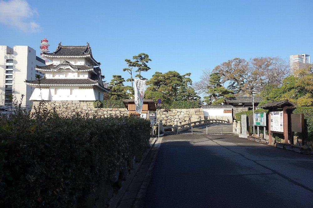 玉藻公園 高松城旧東之丸艮櫓_c0112559_1121920.jpg