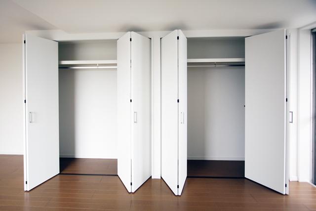 ~内装フルリフォーム!採光良好で、白い壁が映えるマンション~_e0165885_1052338.jpg