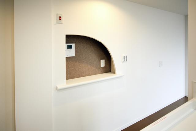 ~内装フルリフォーム!採光良好で、白い壁が映えるマンション~_e0165885_10573287.jpg