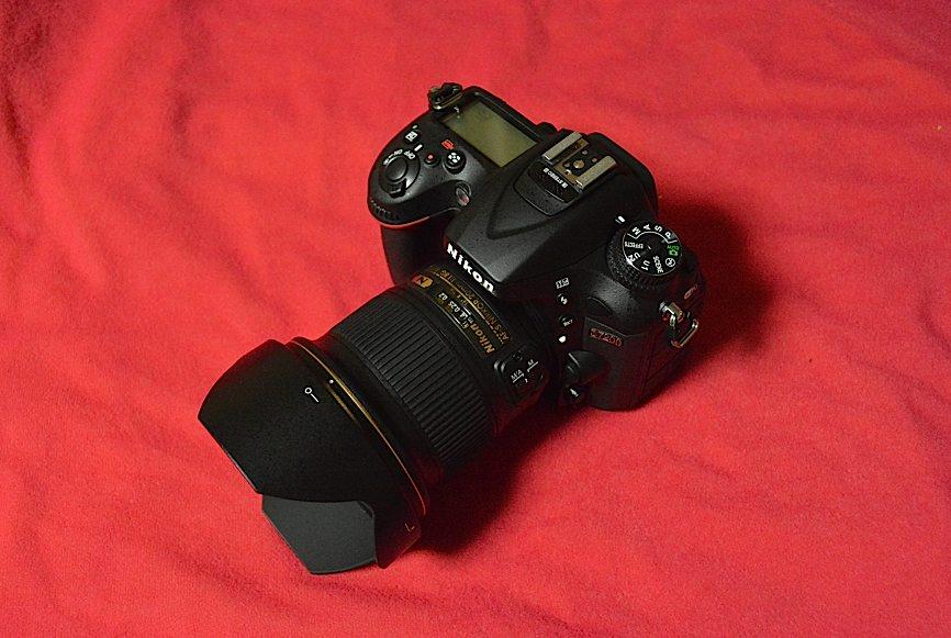 新しいカメラボディ&レンズ(2015年6月25日) _d0303129_2331528.jpg