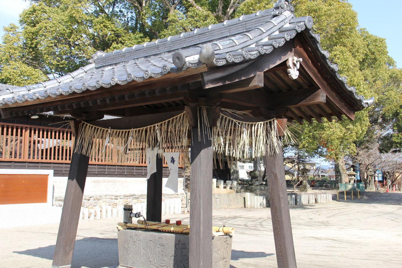 【大善寺玉垂神社】 日本三大火祭りの「玉垂宮の鬼夜」で有名_c0011649_2534814.jpg