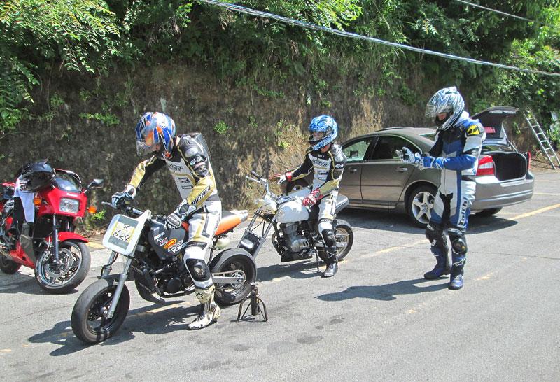 今日は大井松田カートランドでミニバイク遊びーヽ(^。^)ノ_c0086965_0163723.jpg