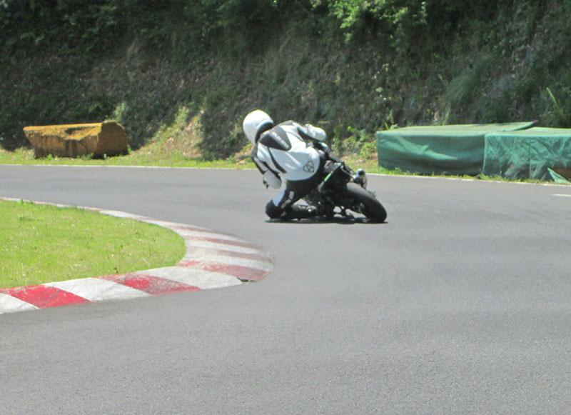 今日は大井松田カートランドでミニバイク遊びーヽ(^。^)ノ_c0086965_0174455.jpg
