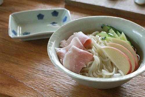 盛岡冷麺_e0205196_13211484.jpg