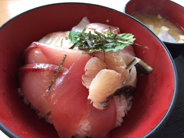 特上海鮮丼_a0326106_1213575.jpg