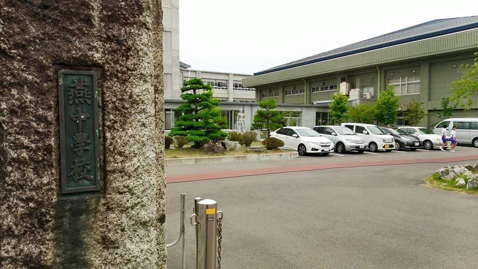燕中学校 で 職業講話 _b0237229_16195073.jpg