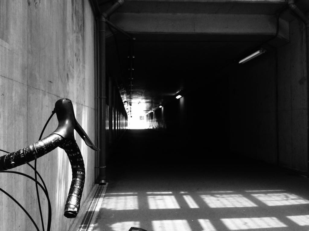 自転車のある風景_e0053660_08383211.jpg