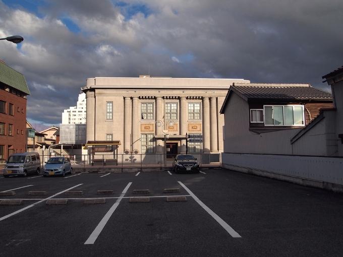 旧八束銀行本店(ごうぎんカラコロ美術館)_f0116479_11404493.jpg